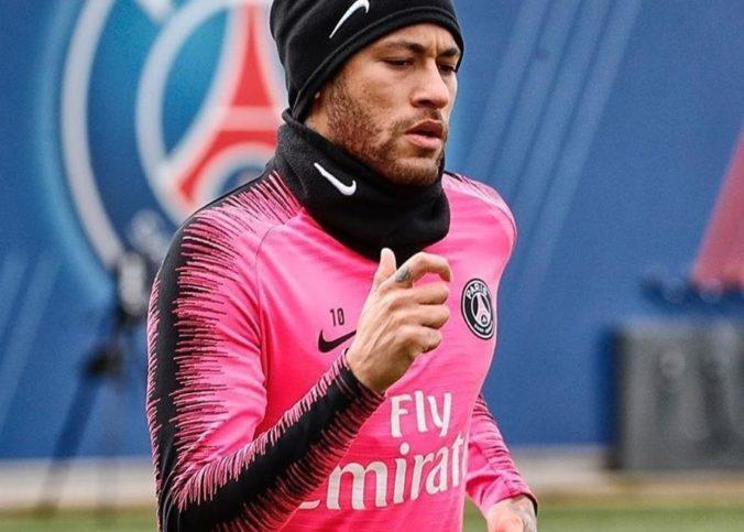 Neymar lors d'un entraînement au Parc des Princes, stade du PSG