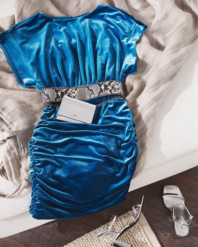 Une robe pour soirée vendue par H&M