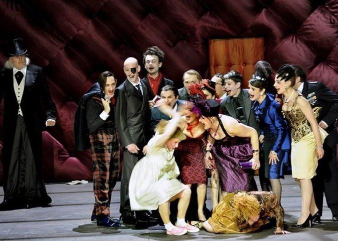 La troupe de l'opéra de Paris lors d'un spectacle en novembre 2019.