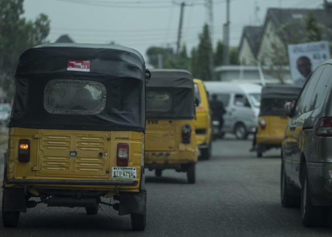 Dans une rue de Lagos, capitale du Nigeria.
