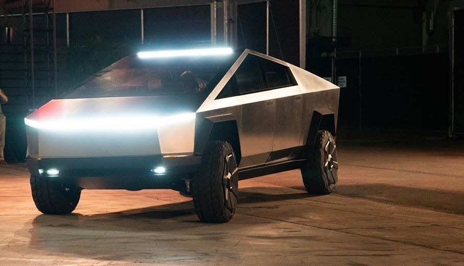 L'emblématique Tesla Cybertruck.
